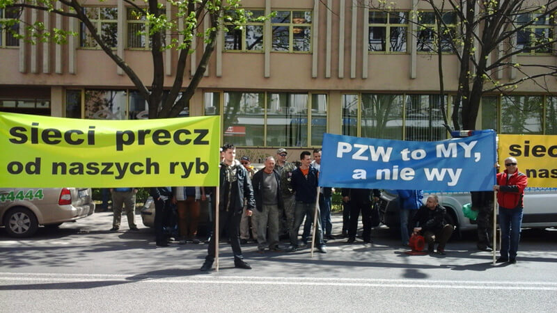 demonstracja pod PZW